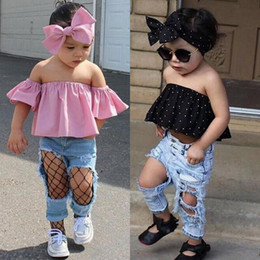Jean Rasé Pas Cher-INS Baby Girls Denim Pants + Off Shoulder Tops + Bow Headband Sets Ripped Hole Jeans sans bretelles Pointe Short Tops