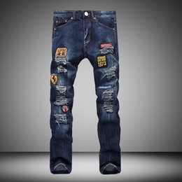 Slim Fit Overalls Pas Cher-Wholesale- Designer Patch Ripped Jeans High Quality Biker Jeans Brand Vêtements Hommes Casual Skinny Pantalon Elastic Pantalons Denim Slim Fit jeans