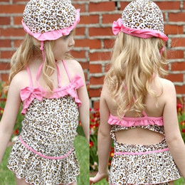 Barato Conjuntos De Biquíni-Kids Leopard Swimsuits Backless Bikini Jumpsuits + Hat Set Para Meninas Summer Girl Girl Swimwear Ruffled Bikini Dress 2 pcs Ternos