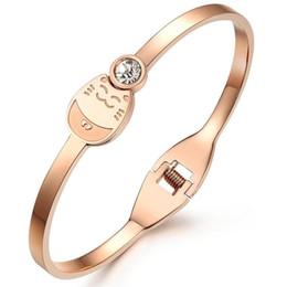 $enCountryForm.capitalKeyWord UK - 2017 hot Are lucky explosion models selling titanium bracelets for women