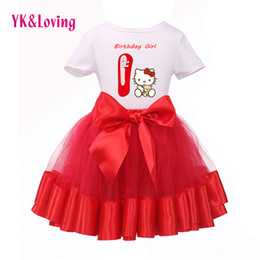 Barato Camisas T-shirt Grossistas-Venda por atacado - New Arrival 2015 Hello Kitty Similar Baby Girl 1st Aniversário manga curta T-Shirt + Red Tutu Dress Kids Wear Vestuário Set