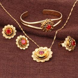 Bordo decorativo Reale 18k Solid Gold GF CZ Fiore Set gioielli ciondolo Collana Bangle Orecchini Anello rubino africano smeraldo ametista