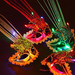 Robes Lumineuses Pas Cher-LED Luminous Double masque de papillon Enchantin LED Glowing masquerade Mask Carnival Stage Masks Women Party Dress Dancing Anniversaire Masques