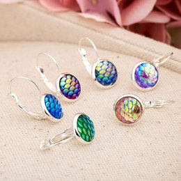 $enCountryForm.capitalKeyWord Canada - New Fashion Mixed Color Beautiful Mermaid Fish Scales Alloy Earrings Gold Silver Stud Jewelry Pretty Gifts