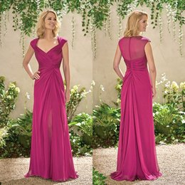 Evening Dresses For Weddings Cheap NZ - 2018 Cheap Long Chiffon Mother Dresses Cap Sleeves Fuchsia Split Side Plus Size Evening Gowns For Wedding Guest