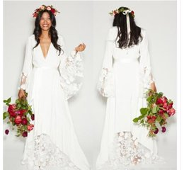 hippie style wedding dresses UK - 2016 Fall Winter Beach BOHO Wedding Dresses Bohemian Beach Hippie Style Bridal Gowns with Long Sleeves Lace Flower Custom Plus Size Cheap