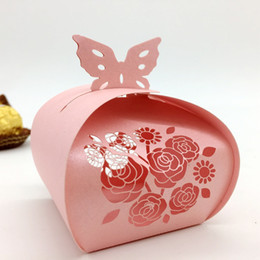 Barato Caixas Do Favor Doces Da Borboleta-100pcs Laser Cut Hollow Rose Butterfly Candy Box Chocolates Boxes para festa de casamento Baby Shower Favor Gift