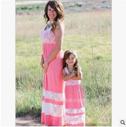 $enCountryForm.capitalKeyWord Canada - Family Matching Outfits Dress Mother and Daughter Lace Color Stripe Bohemian Beach Dress Sleeveless Dresses For Mommy and Girl 4 Style