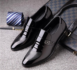 $enCountryForm.capitalKeyWord Canada - Men Oxford Loafers Slip-On Casual Business Men Shoes fashion black wedding shoes Pointed toe dress shoes patent leather shoe Z464