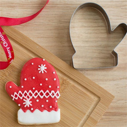 Aluminum Shape Cutter Australia - Wholesale- Biscuit Mould Bakeware 3D Pastry Cookie Cutters Aluminum Biscuit Mould Bakeware Christmas Glove Bone Lip Angle Flower Shape