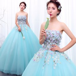 100%real light blue flower embroidery ball gown court medieval dress  princess Renaissance Gown queen Victoria ball gown Belle 3d91c31e16f5