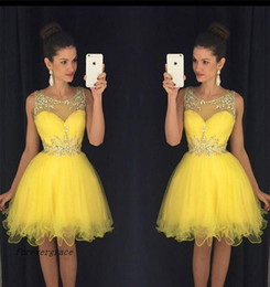 Habille-toi Pour Doux 16 Jaune Pas Cher-2017 Nouvelle robe de retour à la ligne à la ligne à la robe à rayures fines Short Short Juniors Sweet 15 Graduation Cocktail Party Dress Plus Size Custom Made