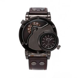 $enCountryForm.capitalKeyWord Canada - 2018 Fashion brand oulm men's quartz watch two time super cool spider web case personality sports watch 3 colors imitation leather watch