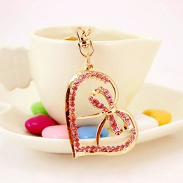 Barato Arcos De Metal Grosso-Beautiful Bow Keychains para mulheres Crystal Heart Key Keyrings Metal Pendant Key Chains 2017 New Arrival Creative Key Ring Wholesale
