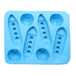 jelly ice mould 2019 - Creative Funny Titanic Ice Cube Tray Eco-Friendly Silicone Cake Jelly Cookie Pudding Moulds Novel Reusable Ice Mould dis