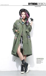 $enCountryForm.capitalKeyWord Canada - 2017 new female windbreaker Korean style fashion tide long jacket black army green colors rivet long trench coat casual outerwear clothing