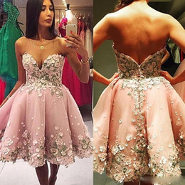 $enCountryForm.capitalKeyWord NZ - 2017 Sexy Petal Power Short Prom Dresses Sweetheart Sleeveless Homecoming Dresses Hand Made Flower Sweet 16 Ball Gowns For Party