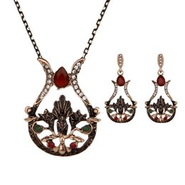 $enCountryForm.capitalKeyWord Australia - Free Shipping Fashion Alloy Geometric rhinestone Earrings Necklace Set Vintage vase Shape Crystal Jewelry Set Wholesale