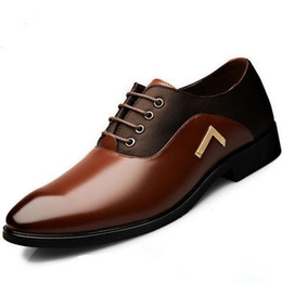 Discount male brown office shoes - 2017 autumn Men's Dress Shoes Business Men's Leather Shoes Pointed Toe Lace Up Flats Breathable Male Wedding O