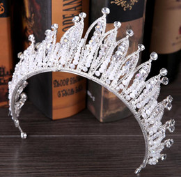 Big Wedding Hair Canada - The new bride headdress The baroque luxury crown crown big wedding dress accessories Crown hair