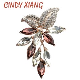 $enCountryForm.capitalKeyWord UK - CINDY XIANG Big Crystal Flower Large Brooch Grape Pins and Brooches Wedding Jewelry Bijouterie Corsage Dress Coat Accessories