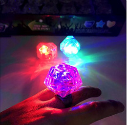 $enCountryForm.capitalKeyWord NZ - Novely LED Square Diamond Light lamp baby cosplay props flashing gloves Ring Party Disco Finger Lights festival kids funny Toy