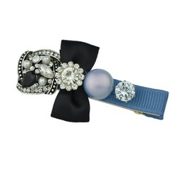 Pinces À Diamant Pas Cher-Dernières Fashion Hair Jewelry Bow tie Design avec Big Pearl et gros diamant alliage pinces à cheveux pour les femmes
