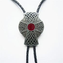 Toptan satış Yeni Kırmızı Emaye Vintage Celtic Çapraz Knot Bolo Tie Düğün Deri kolye ABD'de de Stok