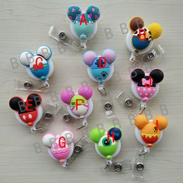 Badges Rétractables Pas Cher-10pcs / lot Balloon Design Mode Cute Cartoon animal caractère rétractable Badge Reel pour ID Business Work Card Badge Holder