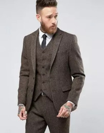 Barato Blazer De Blusa De Casaco Fino-O mais recente vestido Coat Designs para o Inverno Brown Tweed Men Tits Tuxedo Slim Fit Skinny Blazer Custom Groom Tuits Terno Masculino (Jacket + Vest + Pants)