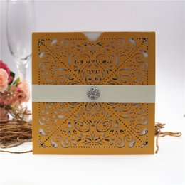Diamond Invitation Cards Canada - European Classic Paper Laser Cut Gold Wedding Invitations Cards, Lace Wedding Invitation with belly band and diamond Free shipping