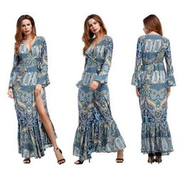 Robe À Manches Longues En Boho Pas Cher-2017 Robe Nouvelle Bohemian Femme Mode Boho style Vintage Deep V maxi robe Ladies Floral Print Split Party Robe Bodycon