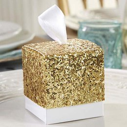 Gold Boxes For Candy NZ - 100pcs lot New Wedding Party Favors And Gifts Candy Box Gold Glitter Favor Boxes With Ribbon For Party Decor