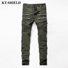 Al por mayor-2017 Mens Skinny Biker Jeans Army Green Brand Moda Pantalones  de mezclilla bolsillos Cargo Pant Hombres Slim fit Jeans de algodón de alta  ... 2f0ea0bffe3e