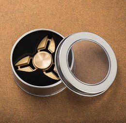 Ship 1 day 2017 100% copper HOT!handspinner Toys Triangular Hand Spinner aluminum Torqbar copper Material Professional Finger gyro from battle gyro suppliers