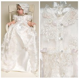 Robes De Première Communion En Ivoire En Satin Pas Cher-Baby First Communion Robes Deux en One Vintage Lace Robes de baptême Manches courtes Ivory White Long Babies Baptism Party Gowns Cheap