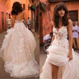 $enCountryForm.capitalKeyWord Canada - Liz Martinez Beach Wedding Dresses 2017 3D Floral V-neck Tiered Skirt Backless Plus Size Elegant Garden Country Toddler Wedding Gowns
