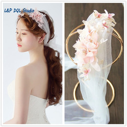$enCountryForm.capitalKeyWord NZ - Boho Bridal veils Soft tulle with Floral Applique High Quality Cheap Wedding Accessories 2017 New Arrival Wedding Veils