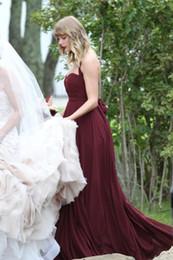 $enCountryForm.capitalKeyWord Canada - 2017 Burgundy Bridesmaid Dresses Pleats Chiffon Halter Backless Wedding guest Dresses Sweep Train Top Quality Chiffon
