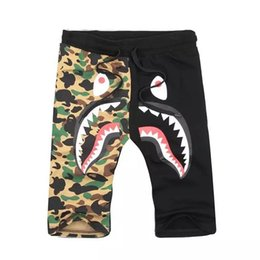 sports cakes UK - Fashion Hip Hop Short Pants Sell Like Hot Cakes Men's Shark Head Luminous Camouflage Loves Trousers Flight Sports Pants Size M-3XL