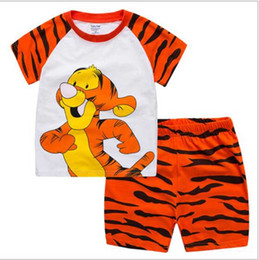 $enCountryForm.capitalKeyWord Canada - 2017 New Baby Boys Girls Clothing Set Tiger Children Shirt + Pants Set Kids Cartoon Clothes Casual Suits