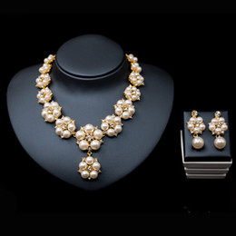 ring shaped earrings NZ - 2017 Bridal jewelry Pearl Necklace Earring Accessories sets flower shape with crystal necklace Wedding Jewelryengagement jewelry Hot Sale