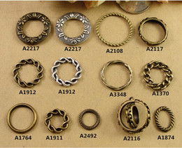 Pendant Connector Rings Canada - DIY jewelry accessories material retro antique Silver & bronze twisted Ring Bracelet Necklace pendants, round connector charms flower leaf