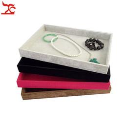 $enCountryForm.capitalKeyWord Canada - Retail High Quality Velvet Jewelry Display Cases Four Colors Necklace Bangle Bracelet Storage Organizer Flat Tray 35*24*3cm