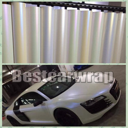 Chinese  Various Colors Pearl satin white Vinyl wrap car vehicle wrapping film with bubble chameleon white pearl shift Car sticker free1.52x20m Roll manufacturers