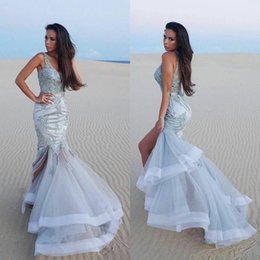 Barato Barato Vestido De Noite De Prata Longo-Sexy Split Mermaid Evening Wear Sem mangas Prata Formal Party Cocktail Gown Cheap Long Prom Dress Custom Made Illusion Voltar Appliqued