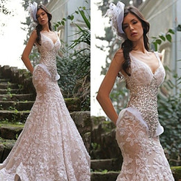 Barato Vestido Nu Mais Tamanho-2017 Gorgeous Nude Pink Mermaid Evening Dress Sexy V Neck Beaded Crystal Lace Long Prom Vestidos Pavimento Comprimento Slim Plus Size Gowns