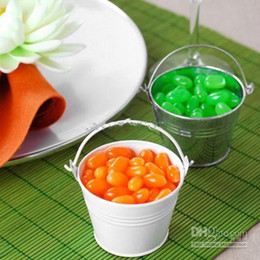 Discount tin buckets favors - Elegant silver color mini pails wedding favors mini bucket tin candy boxes For Wedding Decoration Supplies