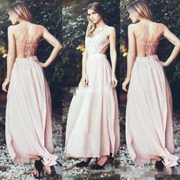 Sexy 2017 Bohemian Blush Pink Chiffon Beach Wedding Dresses Open Back Lace Top Simple Style Boho Plus Size Bridal Gowns Custom Made Cheap Halter