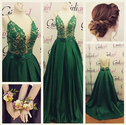 emerald green tops Australia - Emerald Green Prom Dress A line Taffeta Lace Top Crisscrossed Backless V-neck Beaded Spaghetti Straps Sweep Train Formal Evening Gowns
